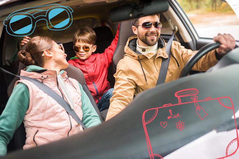 De entre todas las opciones de transporte, rentar un coche es la más accesible y divertida en familia